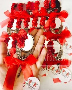 kına hediyesi ayna, aynalı nişan hediyesi, ayna nikah şekeri