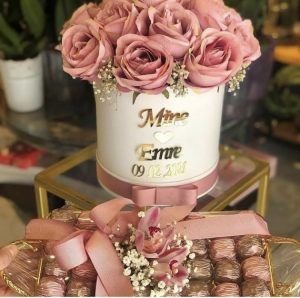 Kız isteme çiçeği modelleri pembe gül