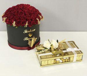isteme çiçeği ve çikolatası isme özel